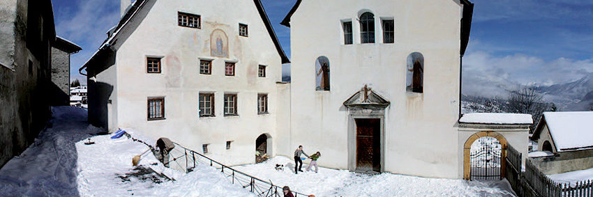 Kirchhof Mon
